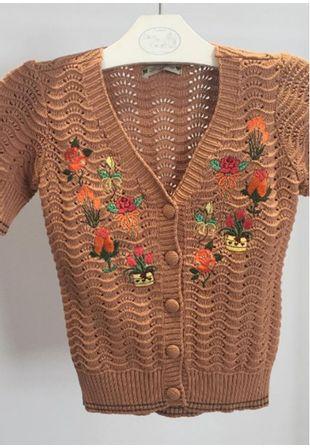 casaquinho-tricot-bordado-flora-