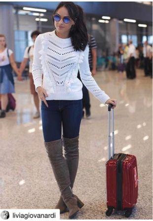 blusa-tricot-glamour-com-pingentes-