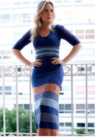 vestido-tricot-com-furos-adele-