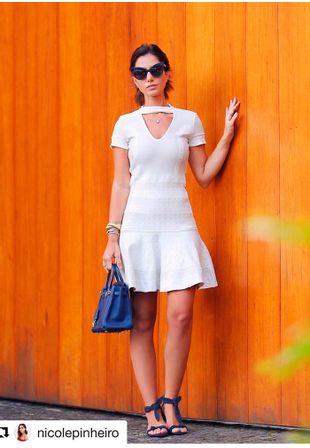 Vestido-Tricot-Bandage-Gargantilha
