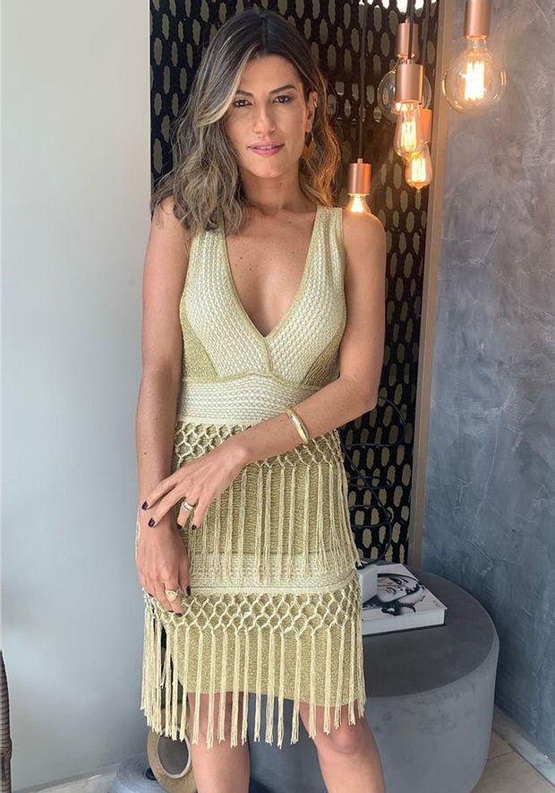 Vestido-Tricot-Curto-Bandage-Franjas--dourado-2