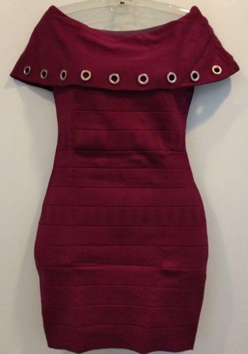 Vestido-Tricot-Bandagem-Com-Ilhos--vinho