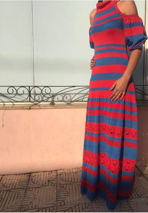 Vestido-Tricot-Longo-Listras-Gola-Laco--azul-e-vermelho-1