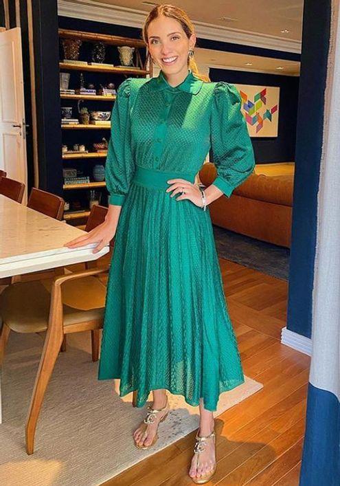 Vestido-Chamisie-Tricot-Furos-Fenda--verde-1