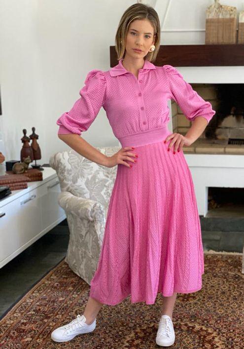 Vestido-Chamisie-Tricot-Furos-Rendas--rosa-3
