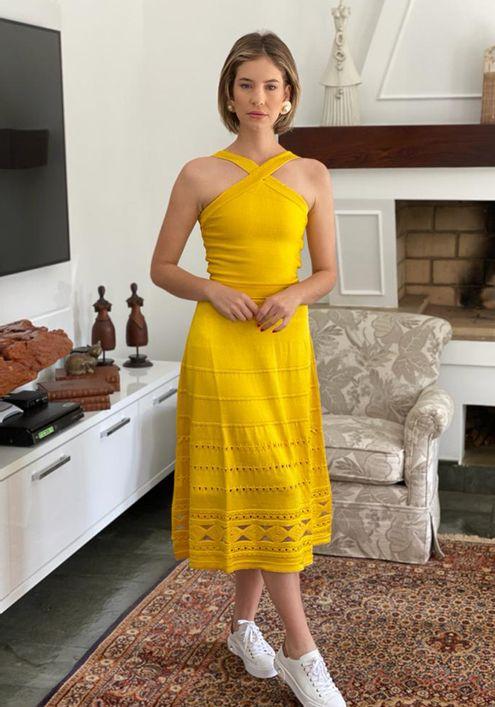Vestido-tricot-transparencia-costas--amarelo-1